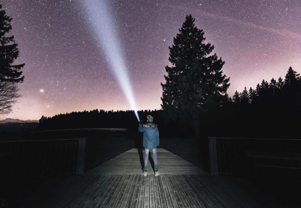 星を照らす